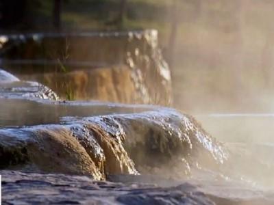 甘甜泉矿泉水:偏硅酸水不仅能喝,还可以美容!